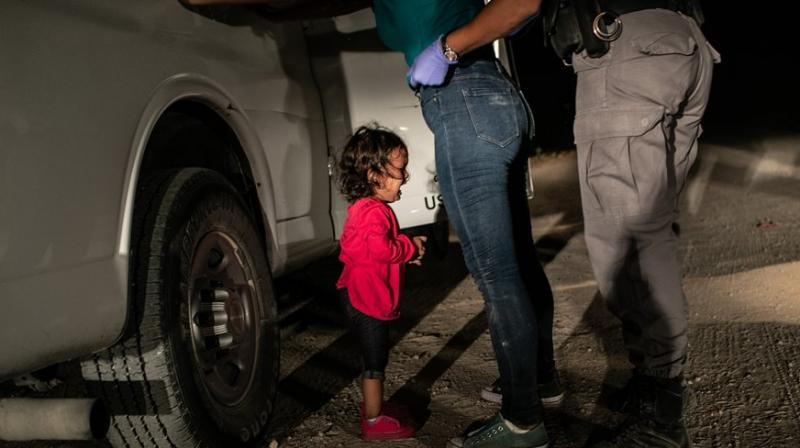 Crying girl on the border is this year's World Press Photo winner