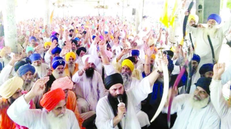 Baljeet Singh Daduwal addressing the 91st day of the Justice Morcha