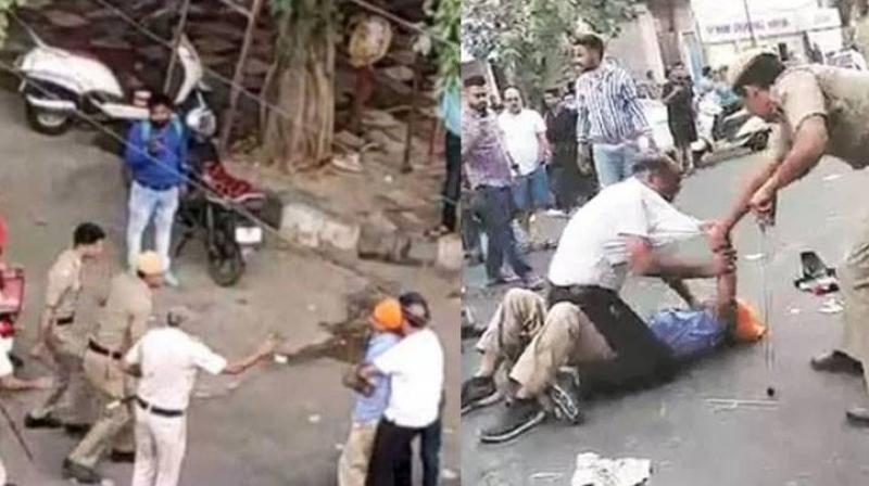 Delhi Police Beats Up A Sikh Senior Citizen And Minor Boy