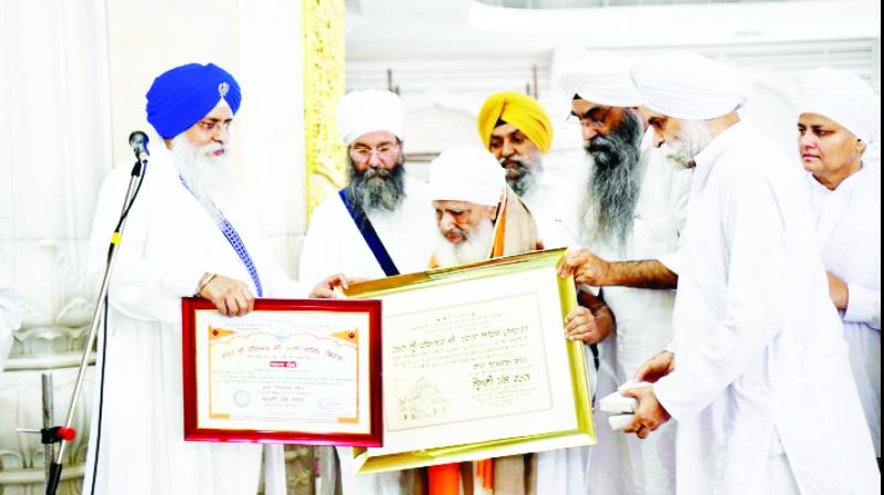 'Shiromani Panth Ratan' Award giving to Baba Iqbal Singh