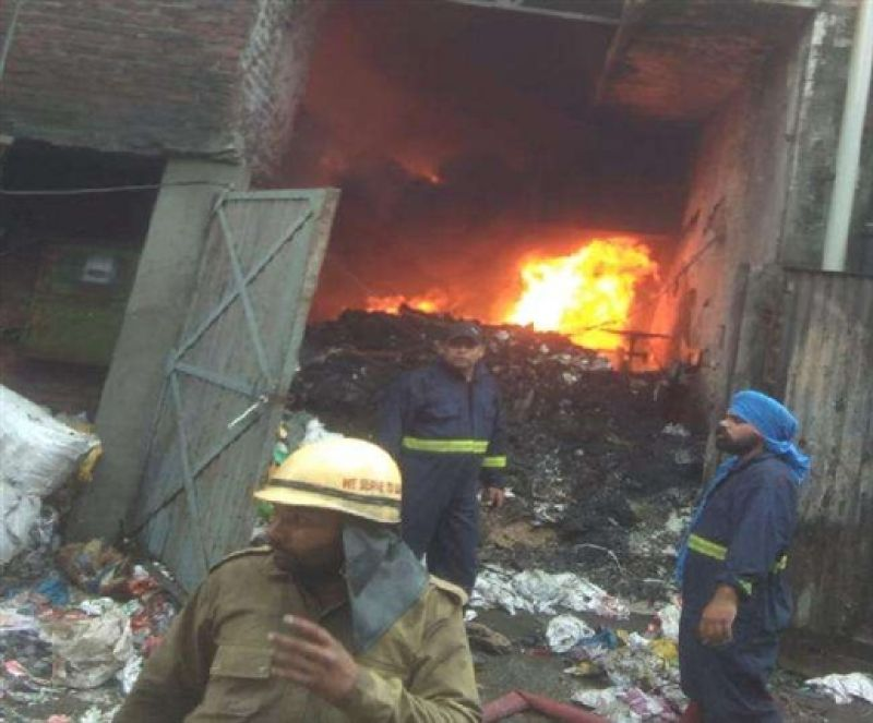 Fire in plastic factory in Ludhiana