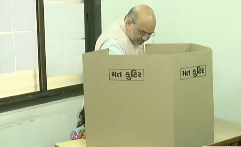 Amit Shah Casts his vote