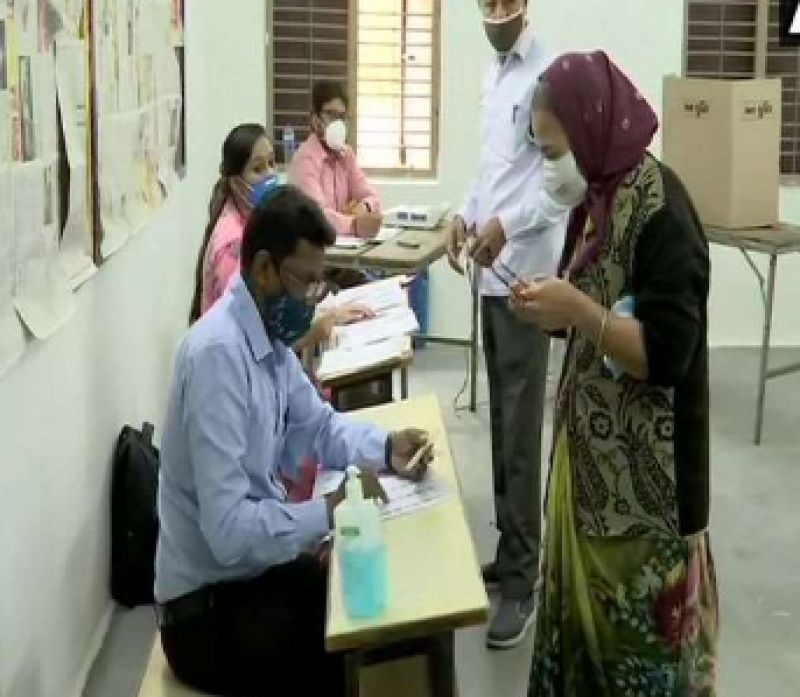 Voting for Gujarat local body elections underway