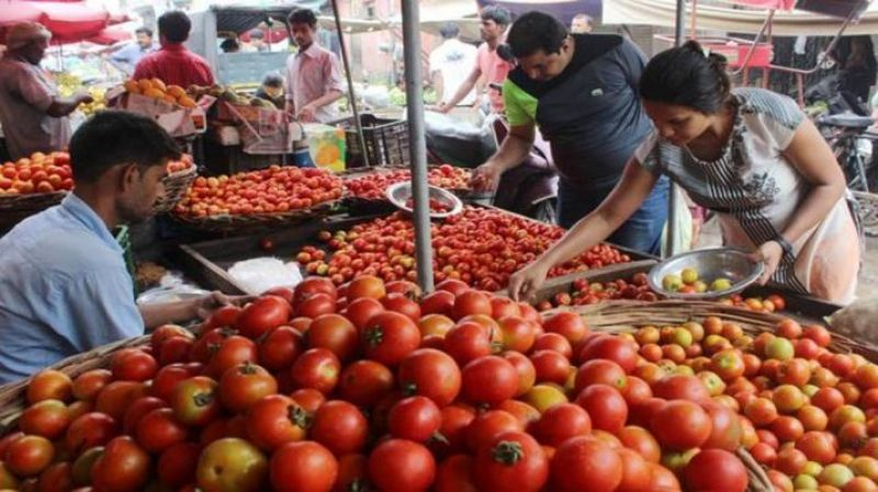 Tomato is being sold for 28 thousand rupees per kg